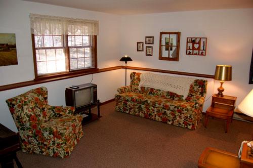 MRF Unit 3 Living Room